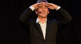 Louvain coopération: Bruno Coppens se donne en spectacle