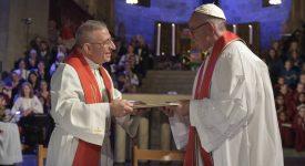 Œcuménisme: François loue «l'unité réconciliée» des chrétiens