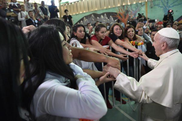"""Chili: le Pape François invite les Chiliens à """"se salir les mains"""" pour la réconciliation et la paix"""