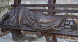 50 ans de Sant'Egidio: une statue «Homeless Jesus» à Anvers