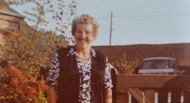 Fête des grand-mères. Une grand-mère catholique du siècle passé