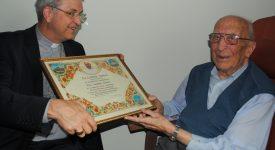 Bénédiction apostolique pour 80 ans d'ordination sacerdotale