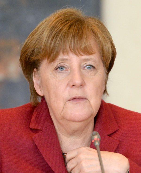 "Angela Merkel reçoit le Prix Nobel ""catholique"""