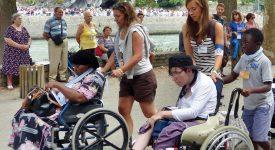 Let's Move Together: Lourdes pour les 12-13 ans!