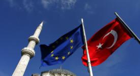 Crise migratoire : l'accord Turquie-UE laisse le HCR perplexe