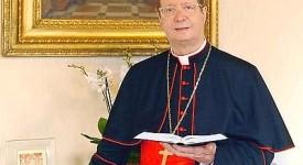 Le Vatican mal géré : « faux » selon le cardinal Lajolo