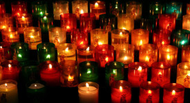 Les Pakistanais prient pour les victimes de Paris