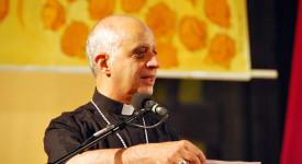 Mgr Fisichella : l'urgence de la nouvelle évangélisation