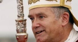 Le Vatican mandate… Mgr Fellay pour juger un prêtre lefebvriste !