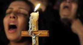 Attaque en Egypte : au moins 35 coptes assassinés