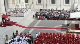 François demande aux catholiques d'avoir le courage de s'ouvrir aux pauvres