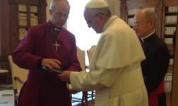 L'archevêque de Cantorbery accueilli par le pape