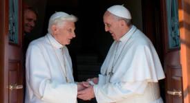 Visite du pape François à Benoît XVI