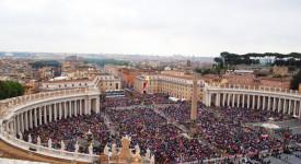 Une double canonisation sincère et joyeuse
