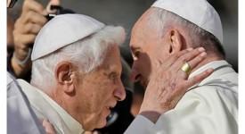 Le pape François appelle au partage entre générations, en présence de Benoît XVI
