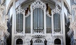 Bénédiction du grand orgue de la collégiale Saint-Barthélemy par Mgr Delville ce dimanche 19 octobre !