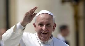 Mgr Delville, Evêque de Liège à propos du pape François : «Que son sourire illumine chacune de nos vies !»