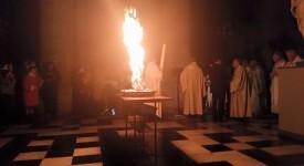 L'album photos de la veillée pascale en la Cathédrale de Liège avec Mgr Delville et son homélie