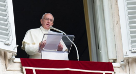 Angélus : le pape déterminé à poursuivre les réformes de la Curie