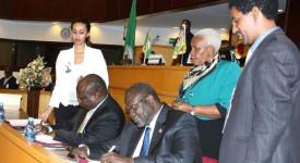 Kiir signe un accord de paix amer au Soudan du Sud