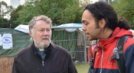 Mgr Kockerols rencontre les réfugiés à Bruxelles