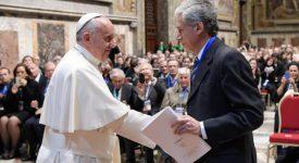 Le pape encourage les entrepreneurs à prendre «trois risques»