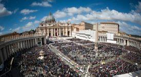 Bilan de l'Année sainte: 30% de confessions en plus selon Mgr Fisichella