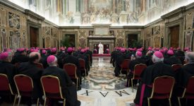 Le pape François encourage les 114 nouveaux évêques du monde