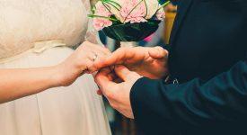 »Service après-vente» pour jeunes mariés