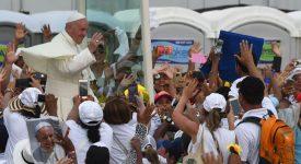 «Rêver en grand», dit le pape aux jeunes colombiens