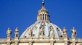 Par l'eucharistie, la communion avec les morts «devient réalité»