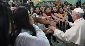 Le pape François invite les Chiliens à «se salir les mains» pour la réconciliation et la paix
