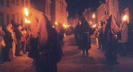Procession mystérieuse ce Vendredi Saint à Lessines