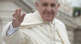 Je vole au secours du pape François