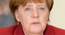 Angela Merkel reçoit le Prix Nobel «catholique»