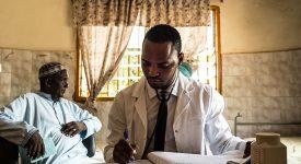 Maladies mentales : une prise de conscience bénéfique en Guinée