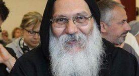 Tawadros II préside les funérailles de l'abbé assassiné dans le monastère Saint-Macaire