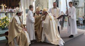 Ordination de Mgr Vanhoutte: «serviteur de l'unité»