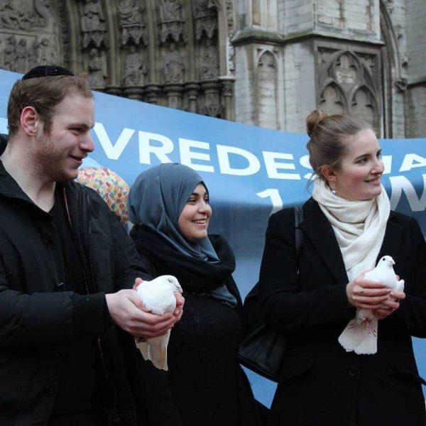 De jeunes Anversois en trialogue