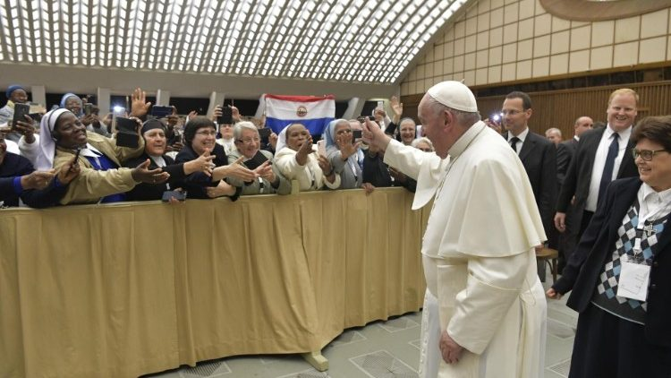 Abus sur des religieuses : le pape s'exprime