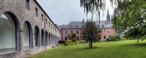 Vue du jardin de l'Abbaye de ©Chimay