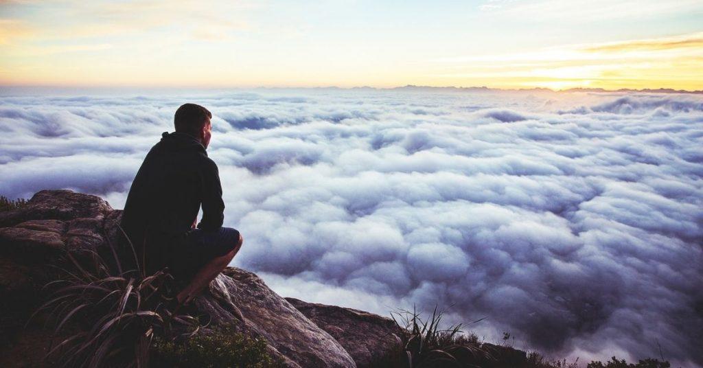 Nous vous proposons, dans ce dossier ThéoBel, de nous arrêter à la «version» chrétienne de la méditation: l'oraison.